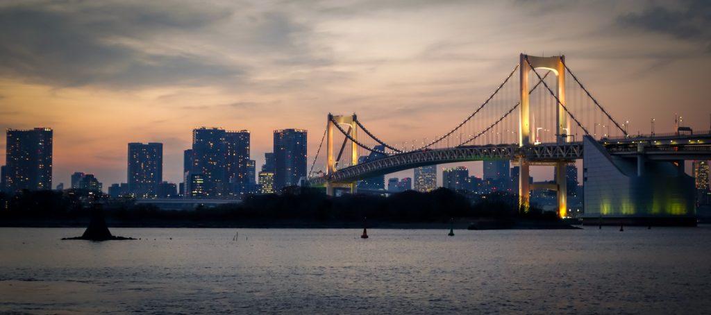 Coucher de soleil sur la rivière Sumida, Odaiba, Tokyo